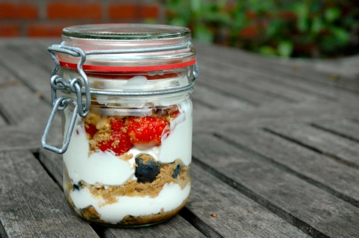 Dessert in a jar -the perfect picnic dessert