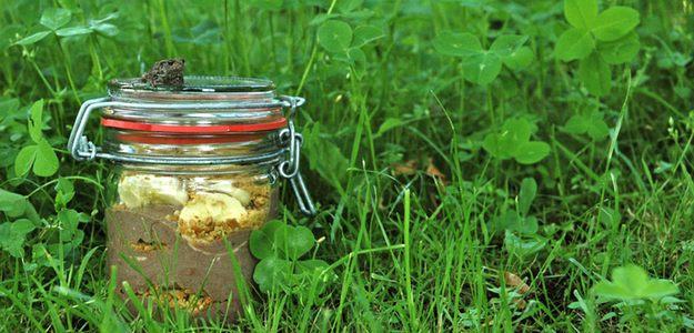 Dessert In  A Jar: Chocolate-Banana-Cookie (Vegan)