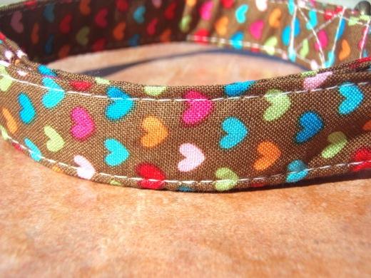 Confetti heart collar