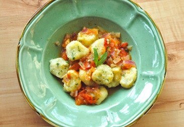 Homemade Basil Gnocchi With Tomato Sauce