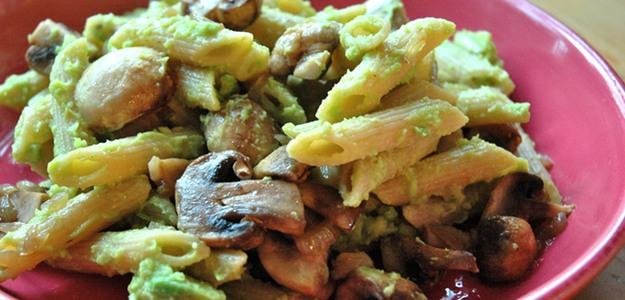 Creamy Mushroom Pasta (Vegan)