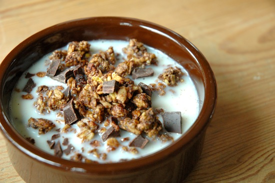 Granola with non-dairy milk