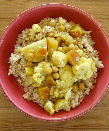 cauliflower apple curry
