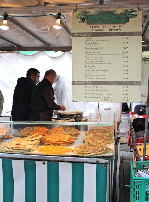Zataar W Zeit market stand
