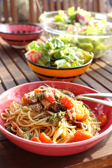Spaghetti with wild garlic pesto