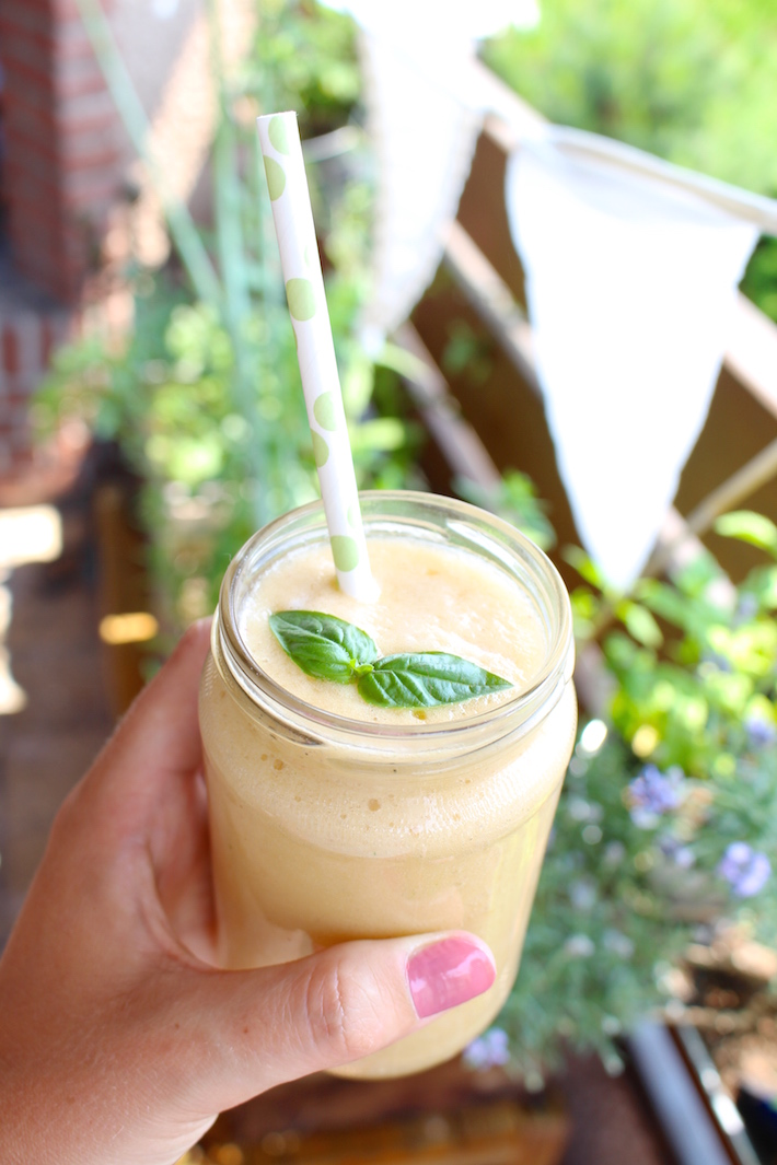 Summer Smoothie with peach and melon